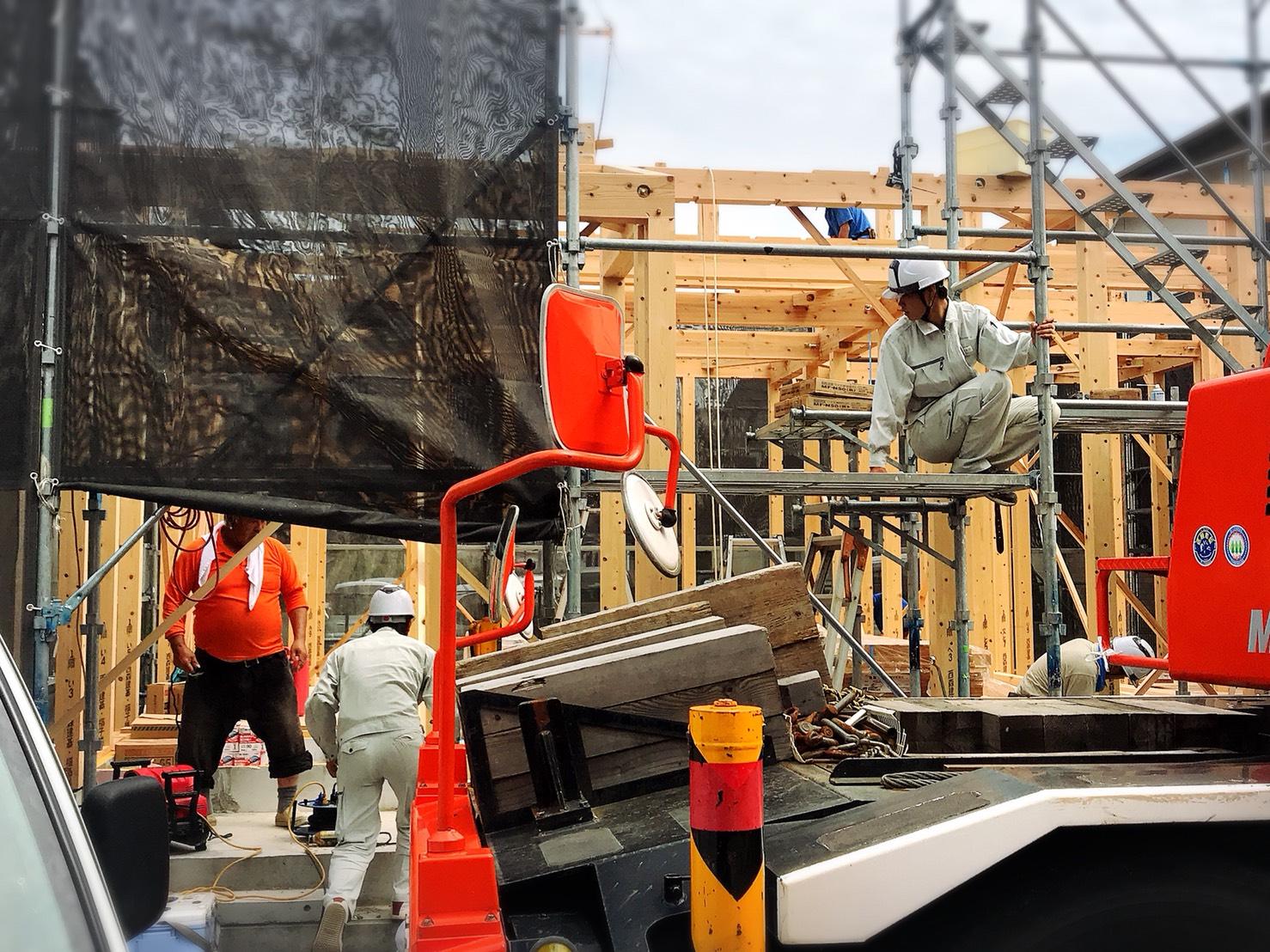 【現場管理】工務(現場管理)の経験6カ月以上◆住宅建築の工務及び現場監督◆私たちは、「高知県民になくてはならない企業になる」ことを目指しています。