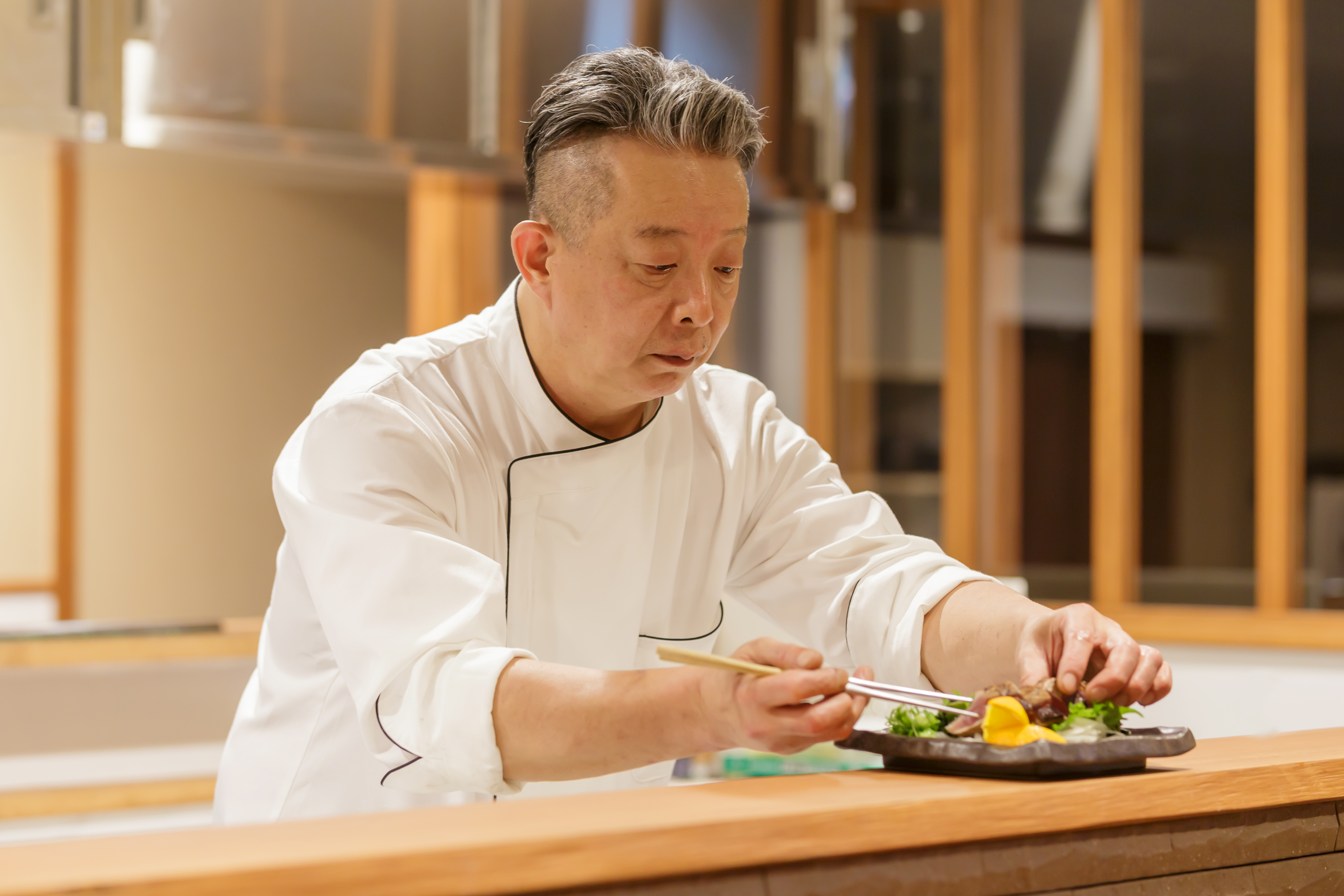 【調理スタッフ】未経験応募可◆温泉旅館内レストランでの調理スタッフ